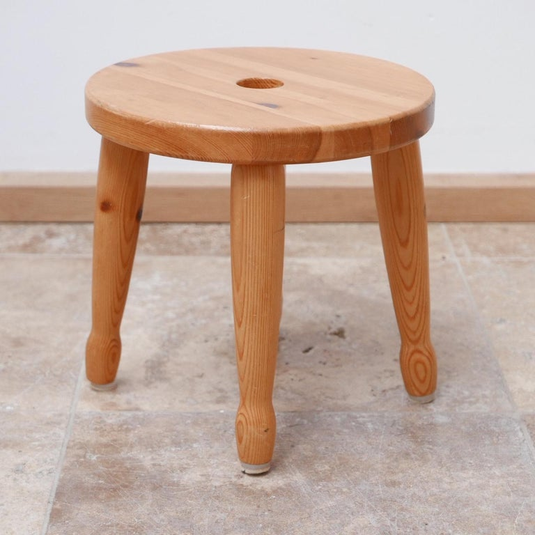 Pine Midcentury Swedish Stool or Side Table In Good Condition For Sale In Surbiton, Surrey