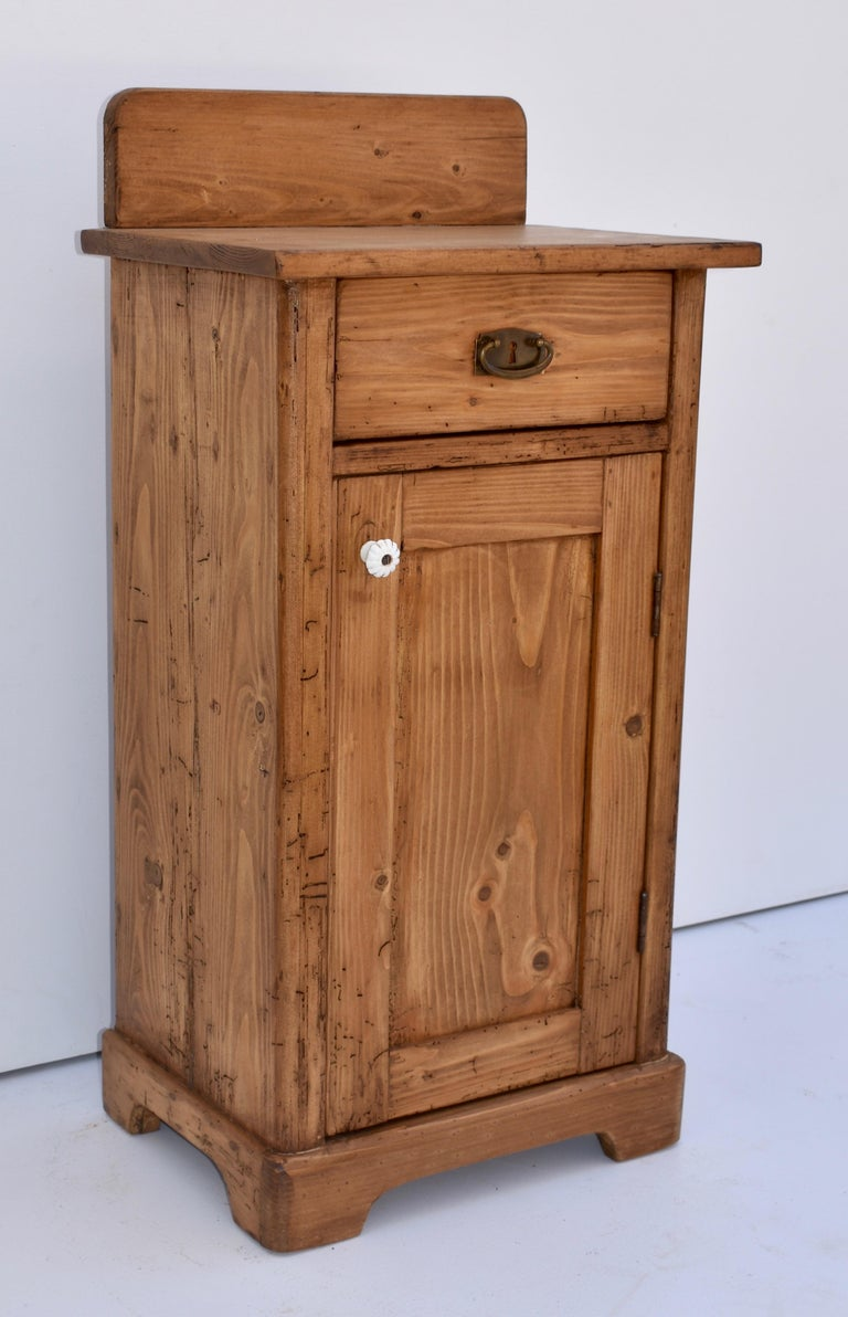 Country Pine Nightstand with Splashback For Sale