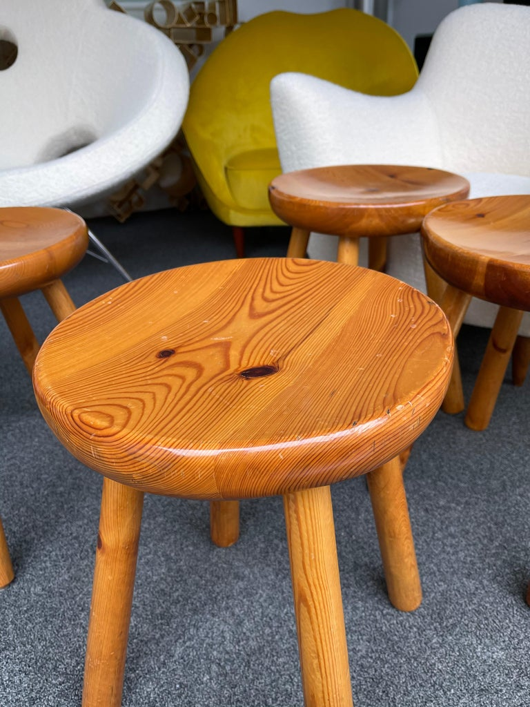 Pine Stool Attributed to Charlotte Perriand, France, 1960s For Sale 3