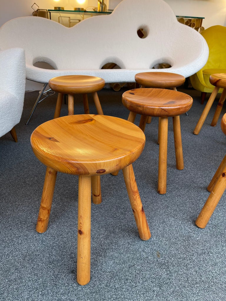 Pine Stool Attributed to Charlotte Perriand, France, 1960s For Sale 4