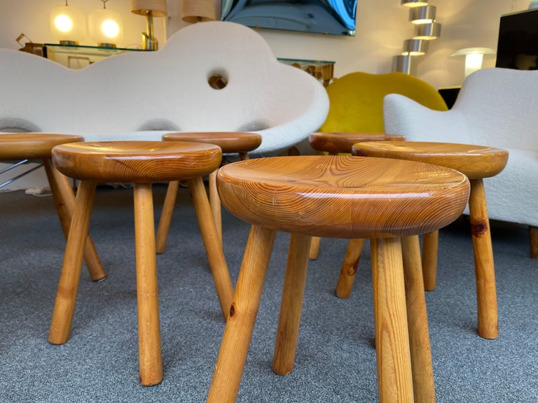 Mid-Century Modern Pine Stool Attributed to Charlotte Perriand, France, 1960s For Sale