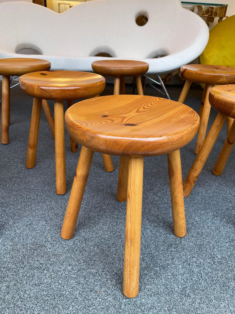 European Pine Stool Attributed to Charlotte Perriand, France, 1960s For Sale