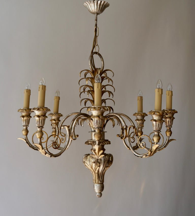 Pineapple Chandelier in Lacquered Wood and Gilt Brass, 1950s For Sale 5