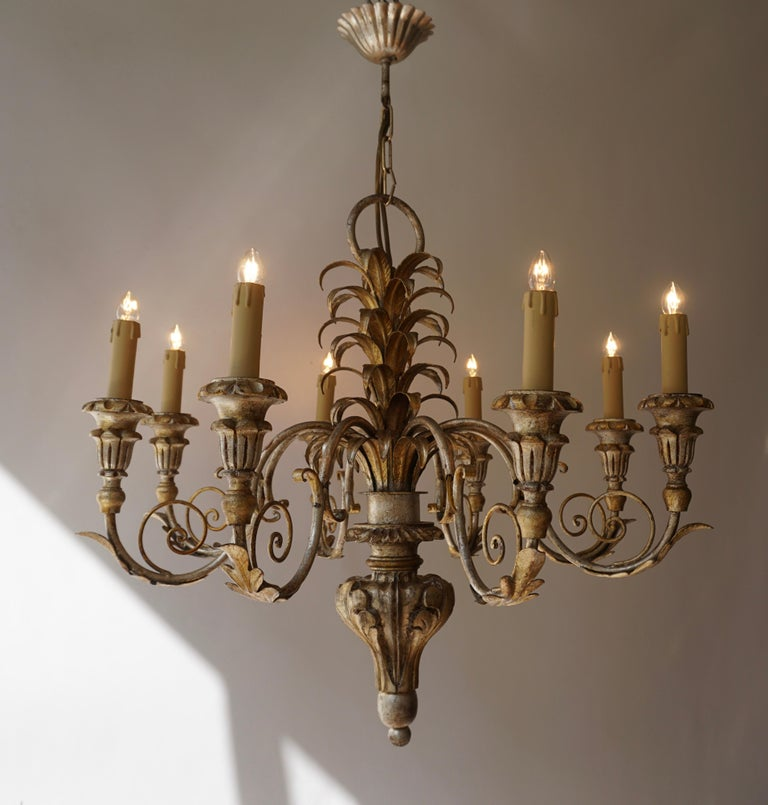 Hollywood Regency Pineapple Chandelier in Lacquered Wood and Gilt Brass, 1950s For Sale