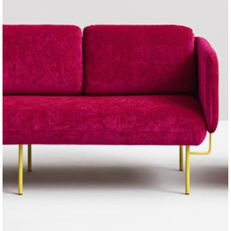 Pink Alce Sofa, Small by Chris Hardy In New Condition For Sale In Geneve, CH