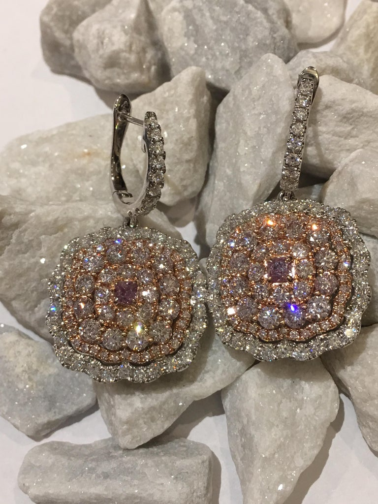 Pink and White Diamond Set in 14 Karat Gold For Sale 1