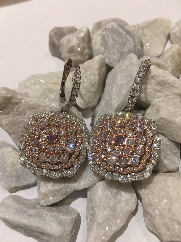 Pink and White Diamond Set in 14 Karat Gold For Sale 2