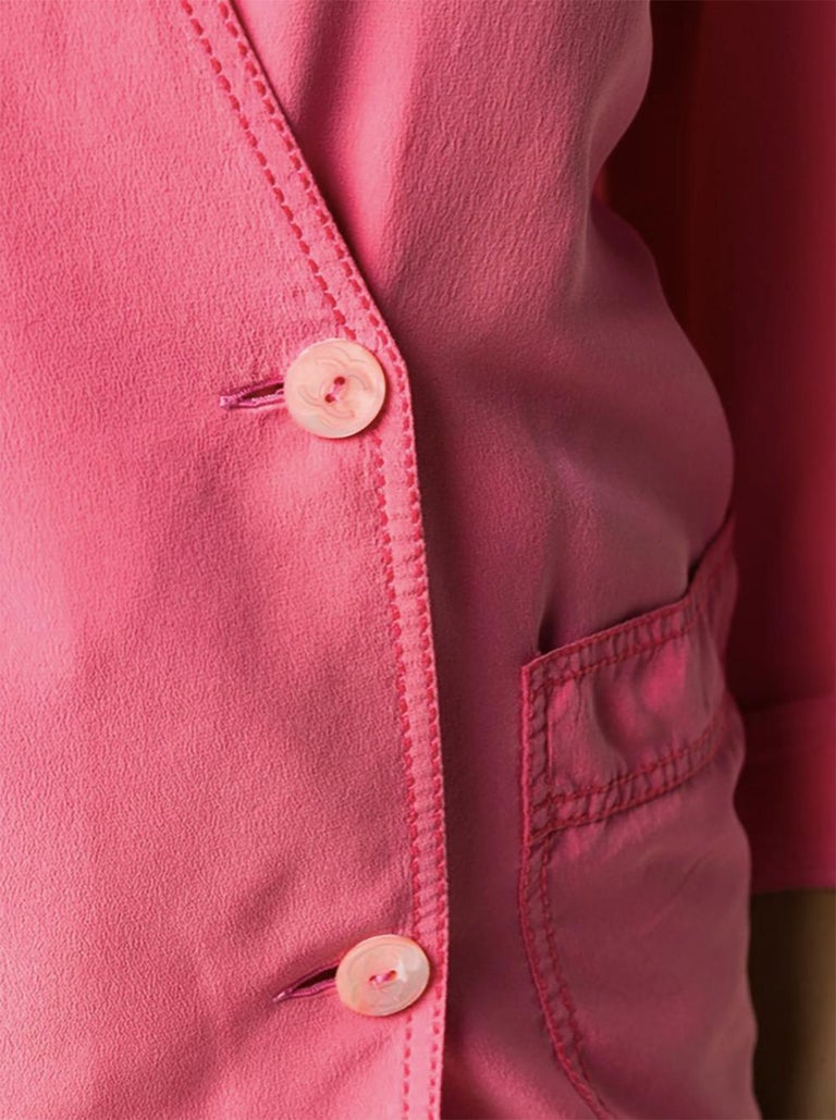 Pink Chanel Silk Soft Jacket In Good Condition For Sale In Paris, FR