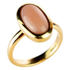 Pink Coral Central Oval Cabochon 18 Karat Yellow Gold Craft Cocktail Ring