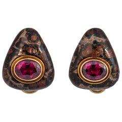 Pink Garnet and Jasper 18 Karat Earrings by Deakin and Francis, Made in England