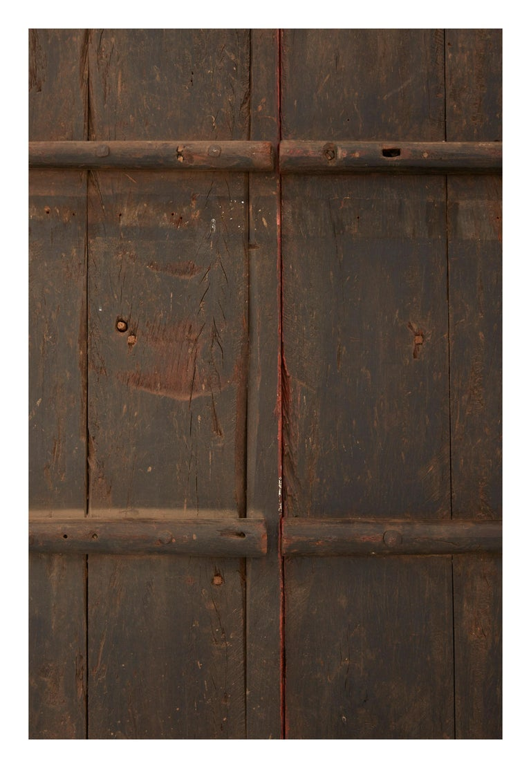 Pink Indian Hand-Carved Wooden Doors In Good Condition For Sale In Chicago, IL