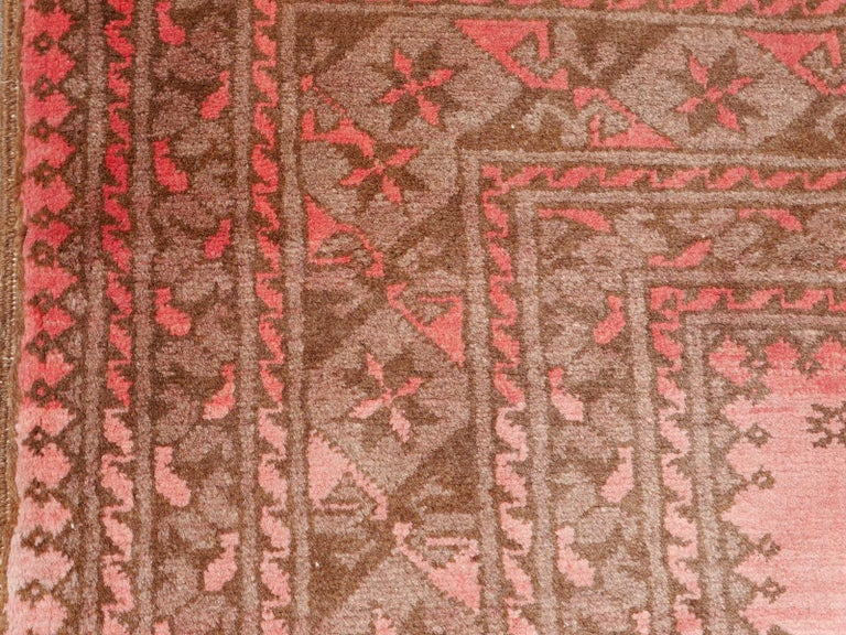 Pink Rug Ersari Tribal Turkoman Hand Knotted Semi Antique Carpet In Good Condition For Sale In Lohr, Bavaria, DE