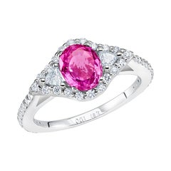 Eighteen Karat Gold Pink Sapphire and Trillion Diamonds Cocktail Cluster Ring