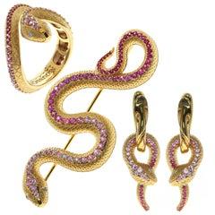 Pink Sapphire Diamonds 18 Karat Yellow Gold Snake Ring Earrings Brooch Suite