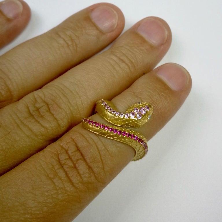 Women's Pink Sapphire Diamonds 18 Karat Yellow Gold Snake Ring For Sale