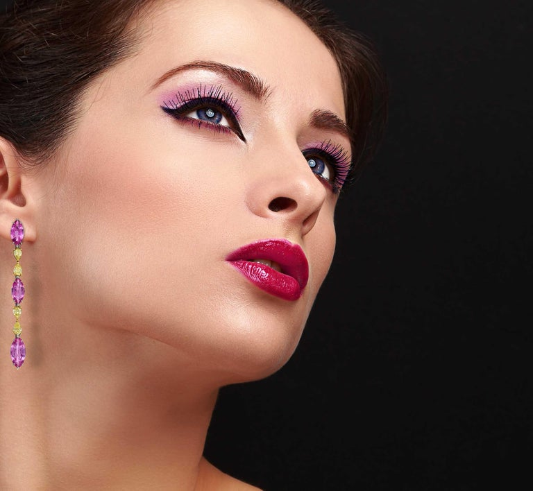 Pink Sapphire Earrings Fancy Intense Yellow Diamond Modern Drop Earrings In Good Condition For Sale In Beverly Hills, CA