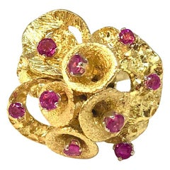 Pink Sapphire Modernist Gold Cocktail Ring