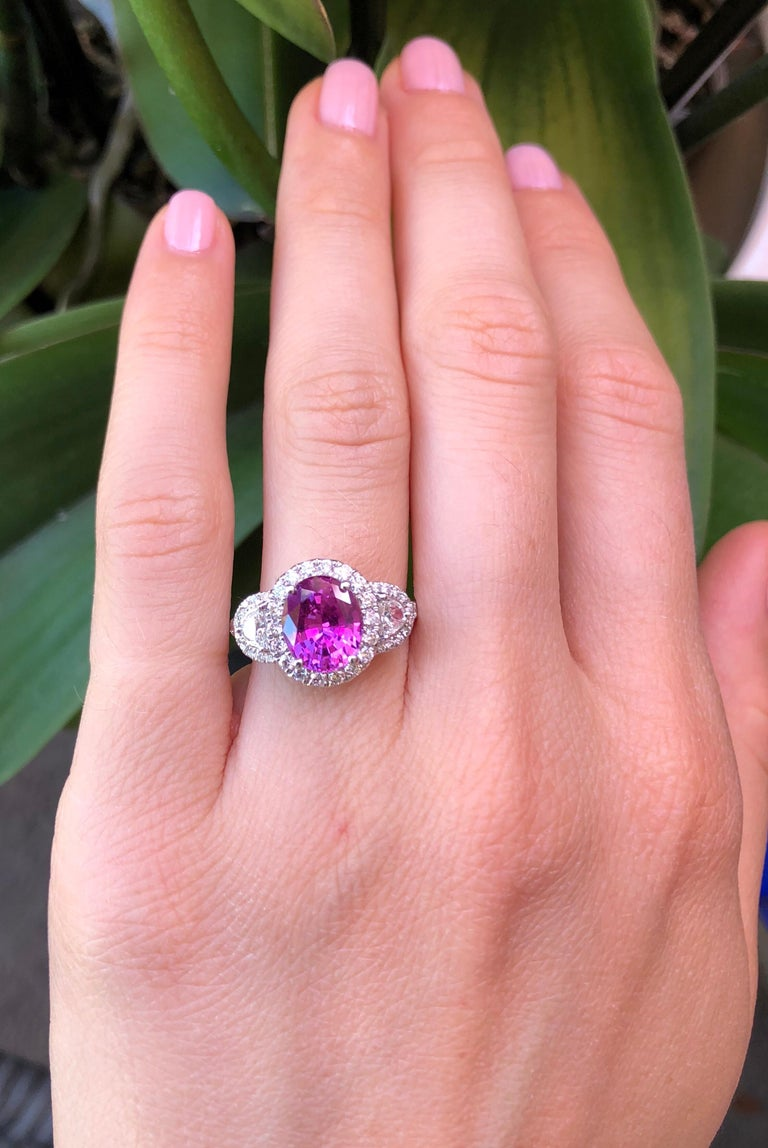 Oval Cut Pink Sapphire Ring Oval 3.14 Carats For Sale