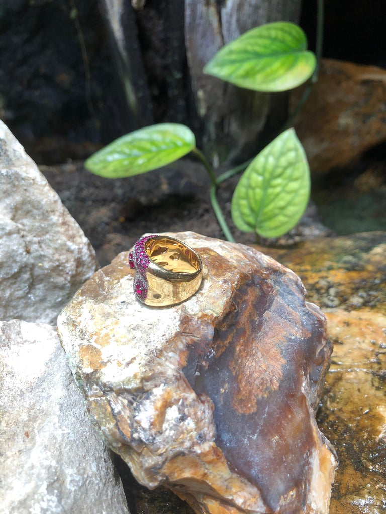 Pink Sapphire with Diamond Ring Set in 18 Karat Rose Gold Settings For Sale 5