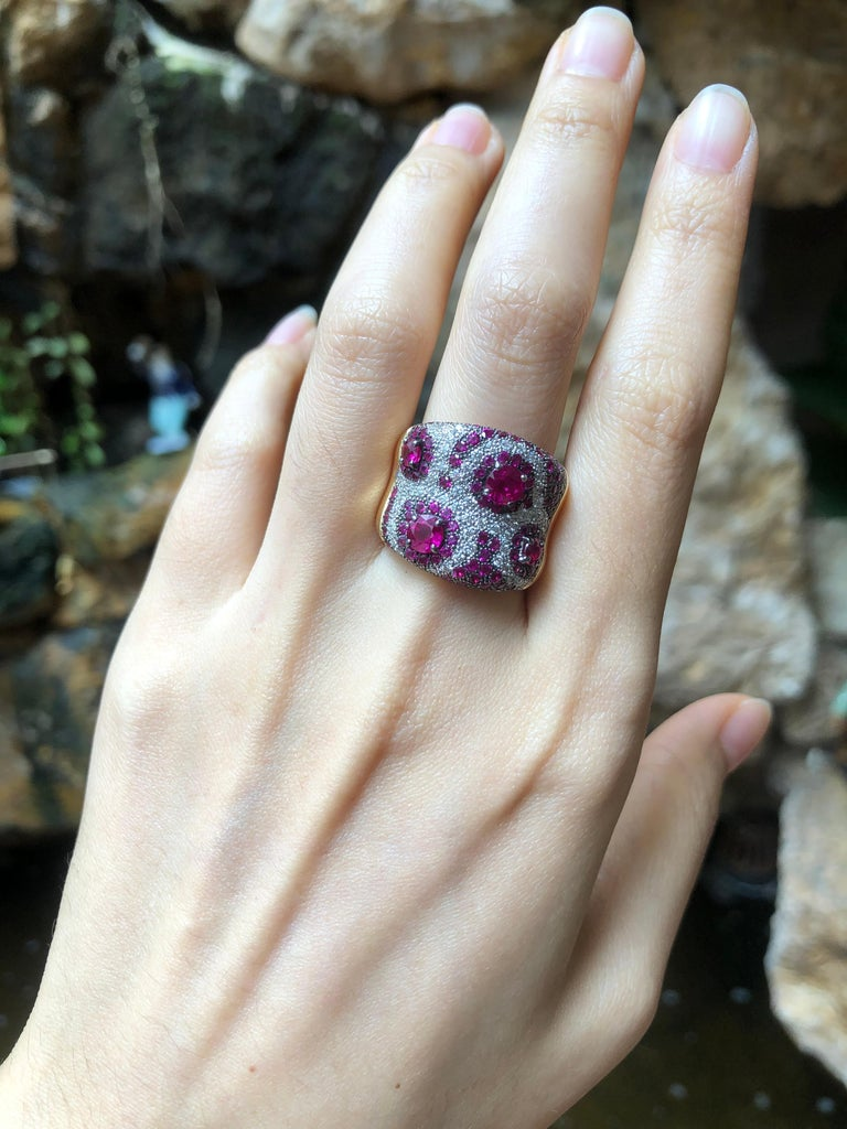 Mixed Cut Pink Sapphire with Diamond Ring Set in 18 Karat Rose Gold Settings For Sale