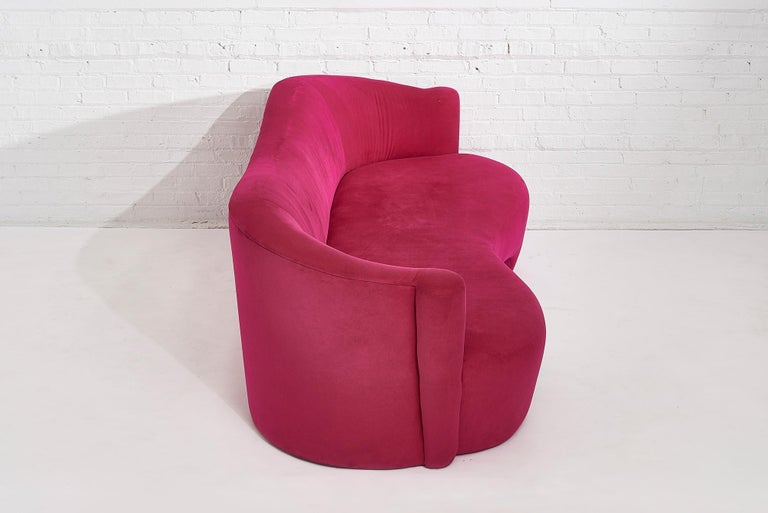 Upholstery Pink Sofa by Vladimir Kagan for Weiman, 1990s For Sale
