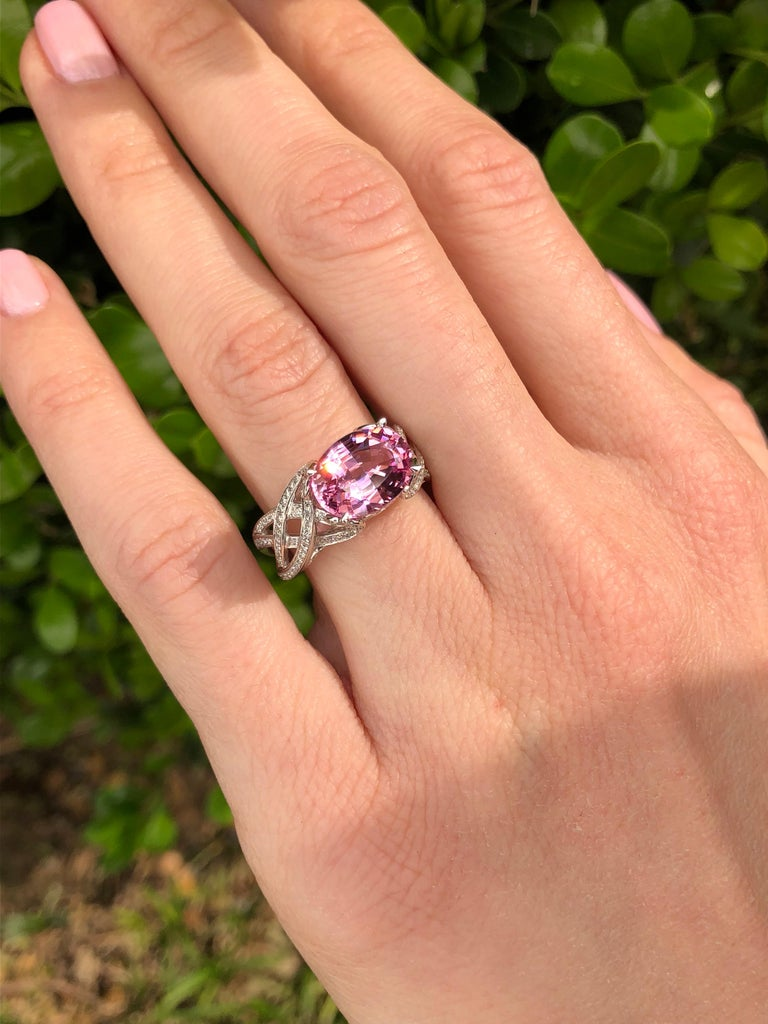 Pink Spinel Ring Diamond White Gold Ring 3.18 Carat Oval  For Sale 6