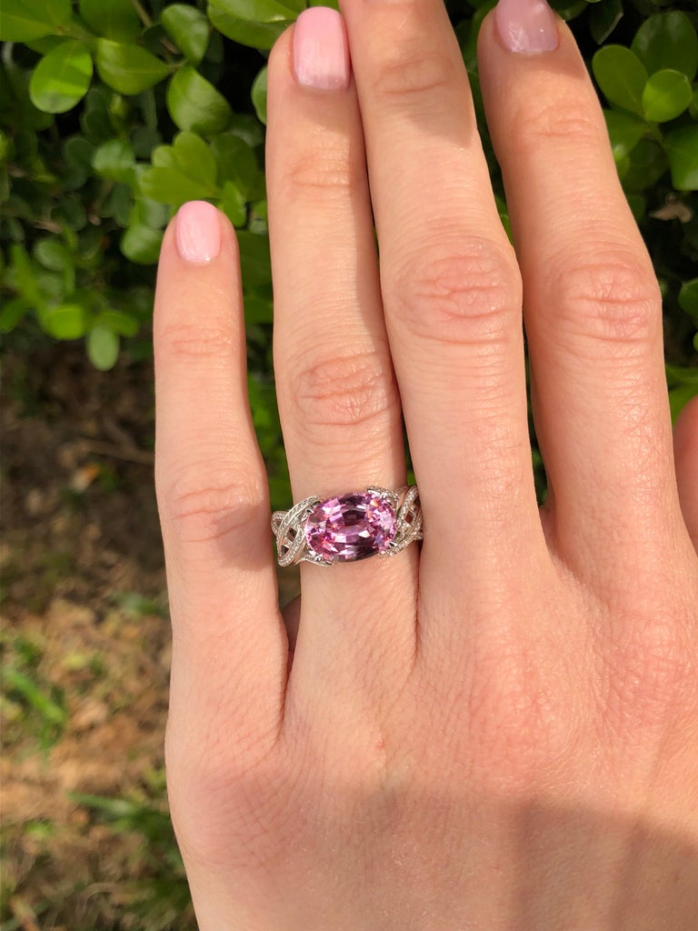 Pink Spinel Ring Diamond White Gold Ring 3.18 Carat Oval  For Sale 7