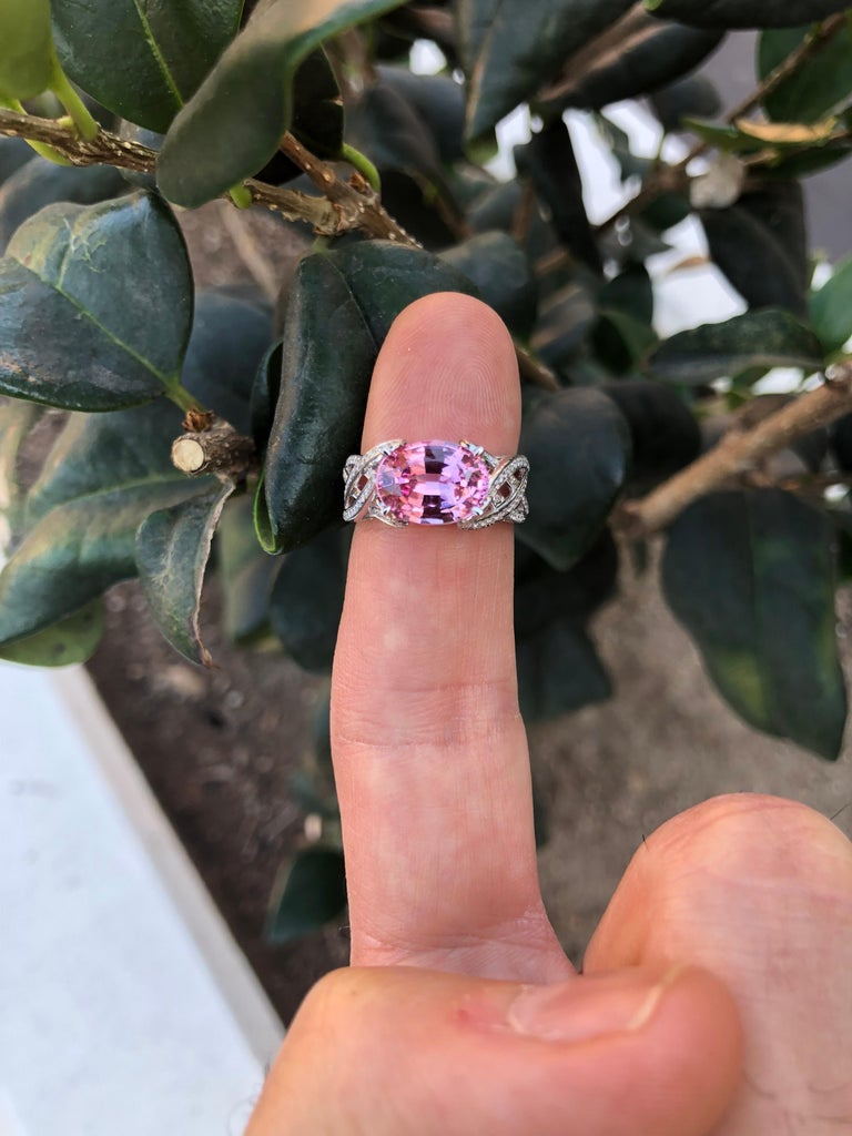 Contemporary Pink Spinel Ring Diamond White Gold Ring 3.18 Carat Oval  For Sale