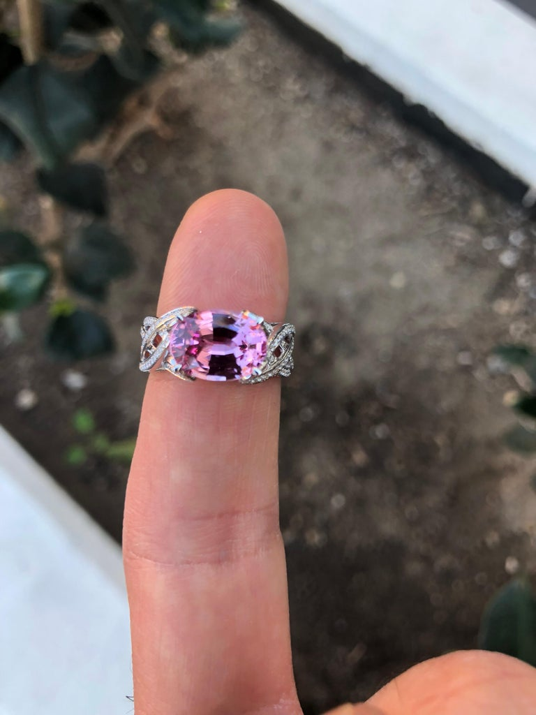 Oval Cut Pink Spinel Ring Diamond White Gold Ring 3.18 Carat Oval  For Sale