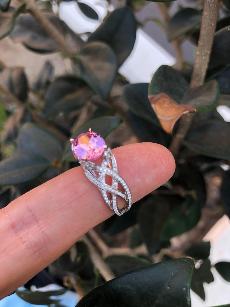 Pink Spinel Ring Diamond White Gold Ring 3.18 Carat Oval  In New Condition For Sale In Beverly Hills, CA