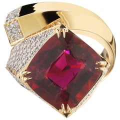 Paolo Costagli Pink Tourmaline 8.84 Carat and Diamond Contrarie Ring
