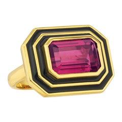Pink Tourmaline and Black Enamel Ring in 18K yellow igold