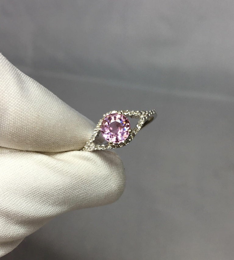 Pink Tourmaline and Diamond 1.0 Carat White Gold Designer Fashion Ring For Sale 2