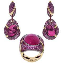 Pink Tourmaline Ruby Pink Sapphire 18 Karat Yellow Gold Suite