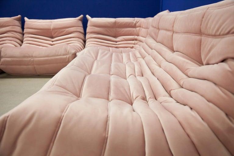 Pink Velvet Togo Sofa Set by Michel Ducaroy for Ligne Roset, 1970s, Set of 5 11