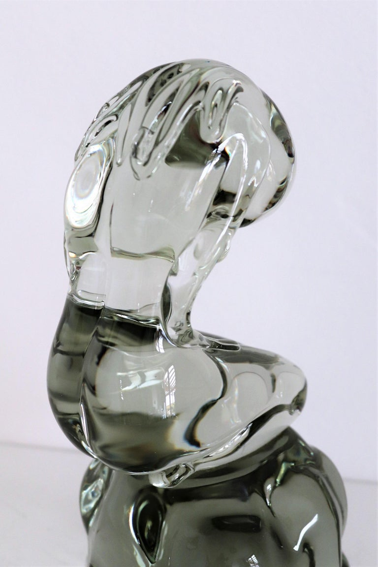 Pino Signoretto Murano Glass Sculpture of Bowed Woman, Made in Italy 1980s For Sale 3