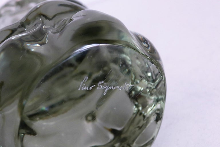 Italian Pino Signoretto Murano Glass Sculpture of Bowed Woman, Made in Italy 1980s For Sale