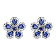 Piranesi Classic Flower Earrings in 18k White Gold with 4.33cts Blue Sapphire