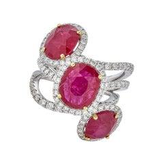 Piranesi Three Stone Ring with Ruby and Round Diamond