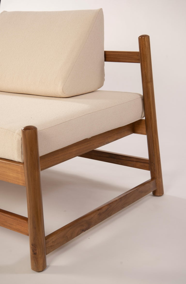 Minimalist Pita Outdoors Daybed, Teak Wood and Off-White Denim For Sale