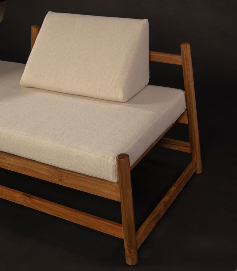 Hand-Crafted Pita Outdoors Daybed, Teak Wood and Off-White Denim For Sale