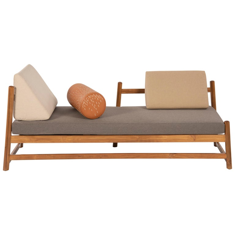 Pita Outdoors Daybed, Teak Wood and Sunbrella Fabrics For Sale