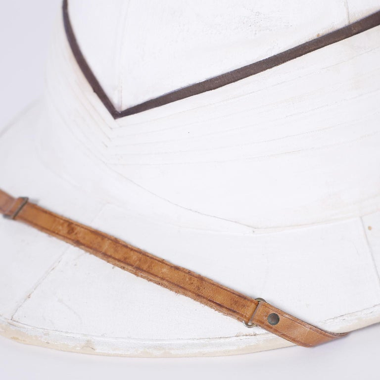 English Pith Helmet in the Original Tole Box For Sale