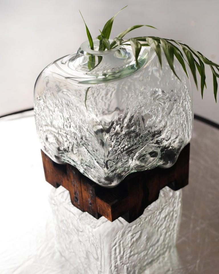Pixel Vase Middle Oak by Drozhdini For Sale 3