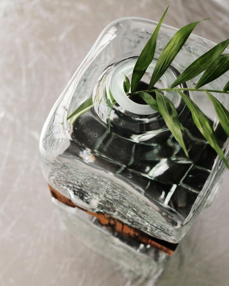 Pixel Vase Middle Oak by Drozhdini For Sale 2