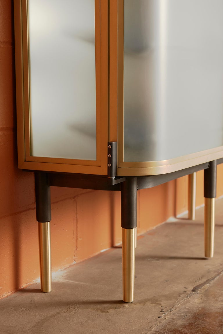 Plano Bar Cabinet in Bronze, Curved Glass Doors, Waxed Leather Bottle Slings For Sale 1
