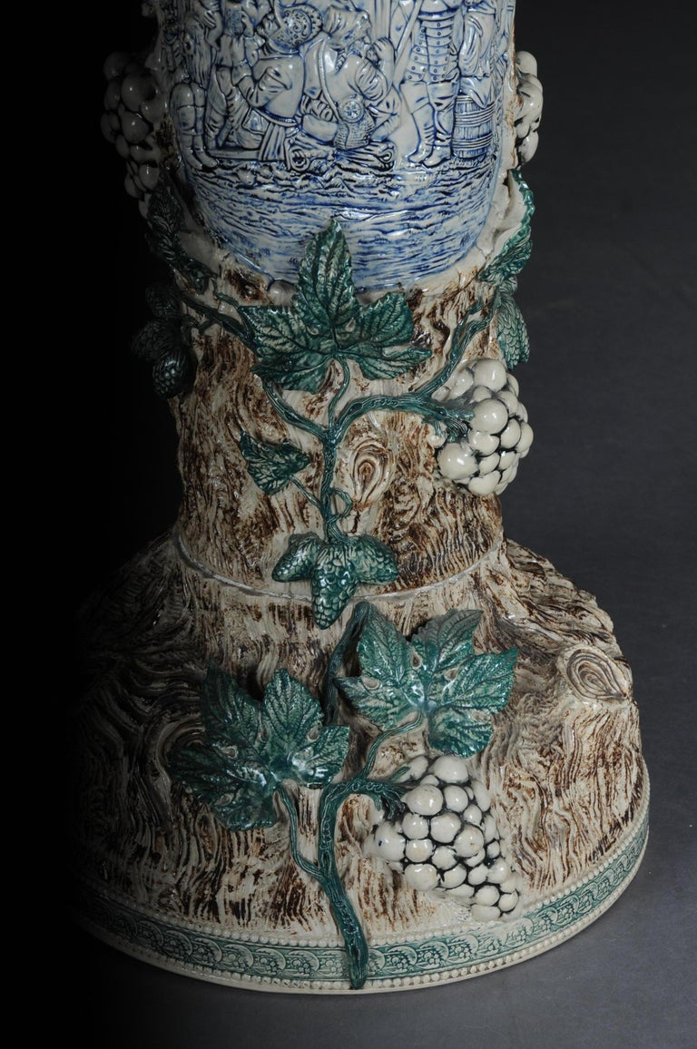 Flower column / flower vase Majolika Austria, museum circa 1885
