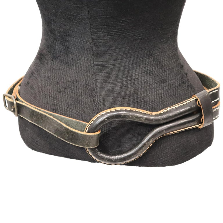 Plantation Black Leather Double Band W/ Loop and Front Buckle In Excellent Condition For Sale In Los Angeles, CA