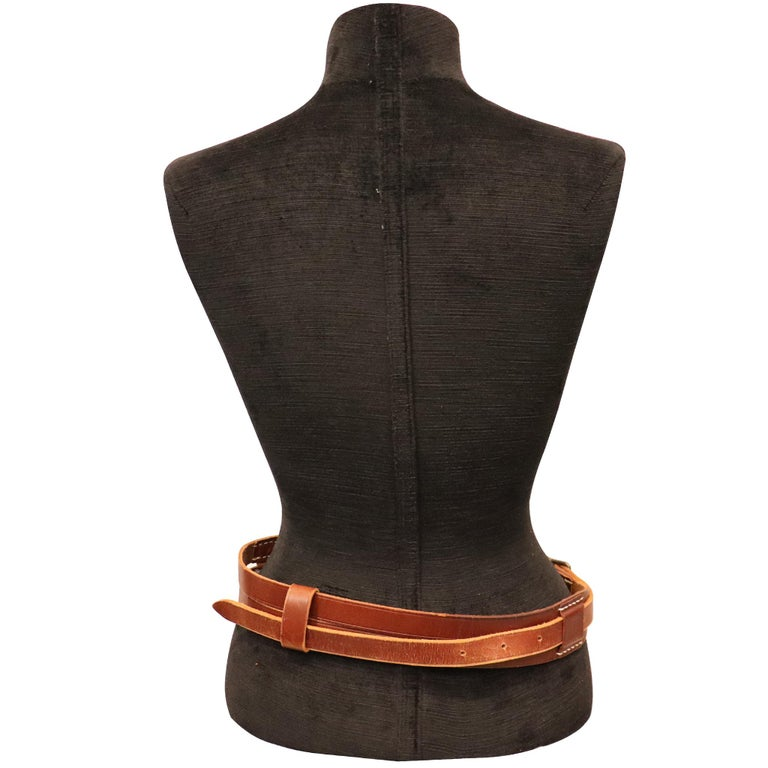 Plantation brown leather double band W/ Loop and Front Buckle In Excellent Condition For Sale In Los Angeles, CA