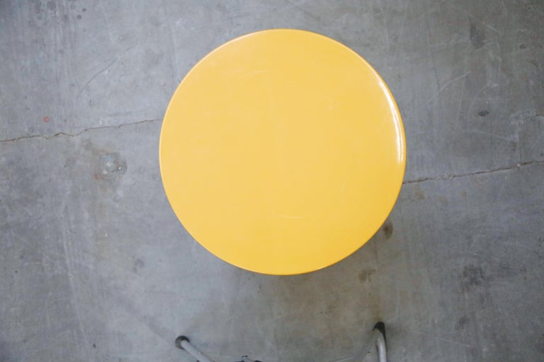 'Plastiglas' Side Table by Peter Pepper Products, 1970s, Signed For Sale 4